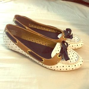 VGUC Sperrys top sider shoes